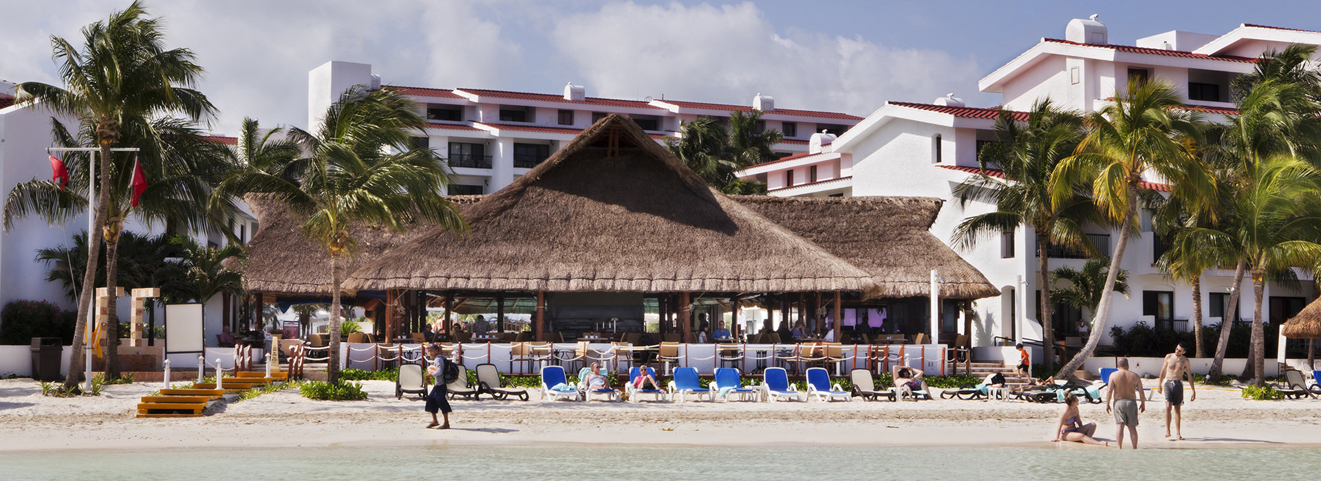 beachfront restaurant in Cancun resort