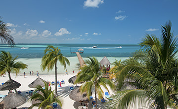 Family villas in Cancun beach
