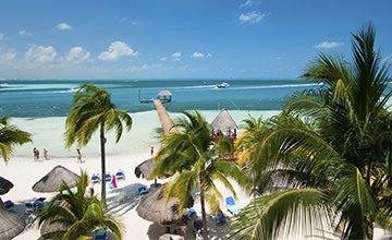 ocean front suites in cancun